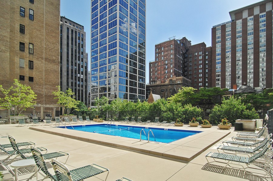 Real Estate Photography - 1310 N Ritchie Ct #14B, Chicago, IL, 60601 - Pool