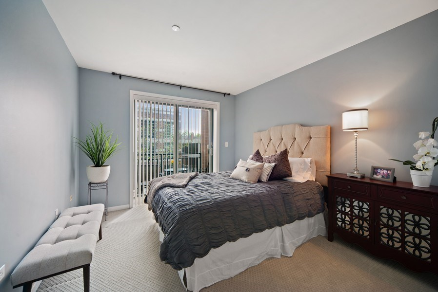 Real Estate Photography - 131 W. Adelaide, 107, Elmhurst, IL, 60126 - Bedroom