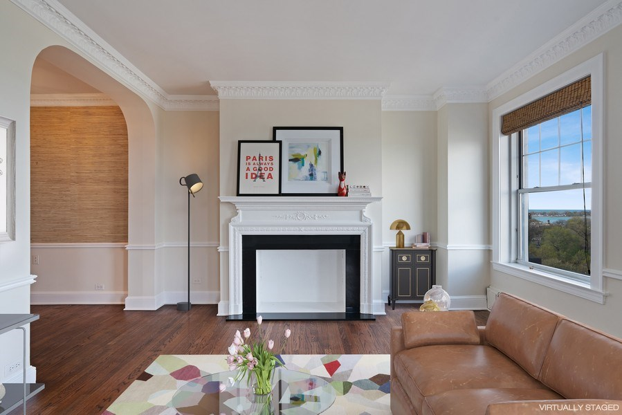 Real Estate Photography - 3520 N Lake Shore Dr, 9F, Chicago, IL, 60657 - Living Room