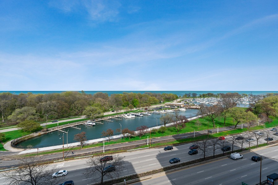 Real Estate Photography - 3520 N Lake Shore Dr, 9F, Chicago, IL, 60657 - View