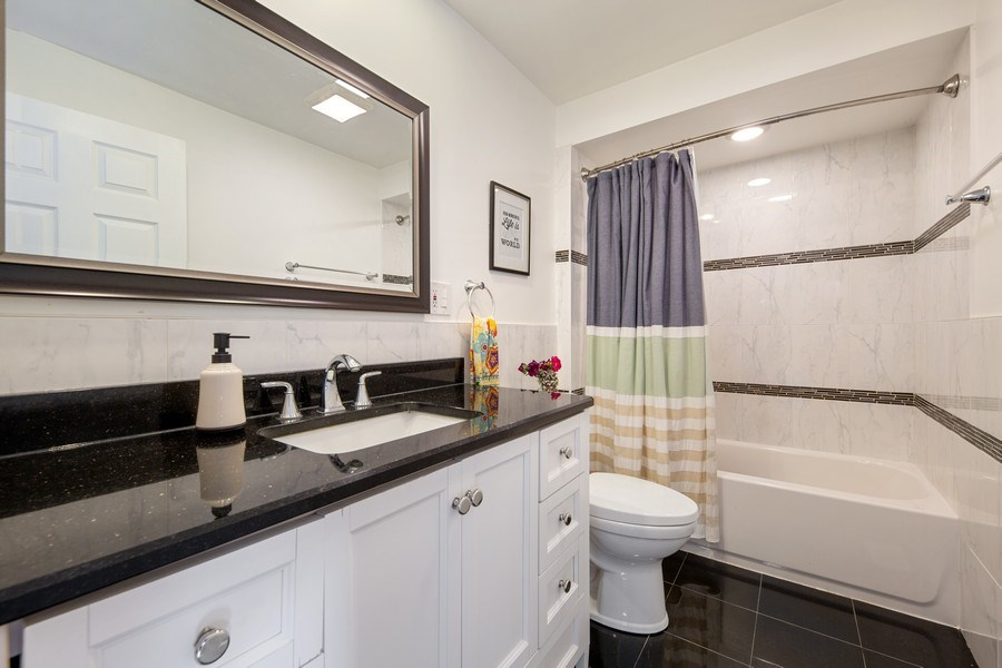 Real Estate Photography - 4084 Garden Ave., Western Springs, IL, 60558 - Master Bathroom