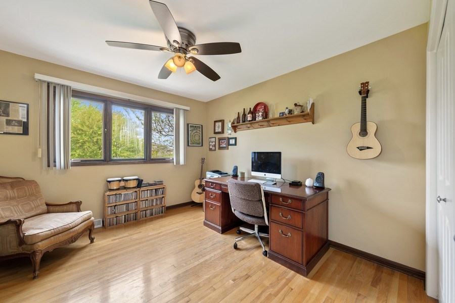 Real Estate Photography - 231 RODGERS CT, WILLOWBROOK, IL, 60527 - Bedroom