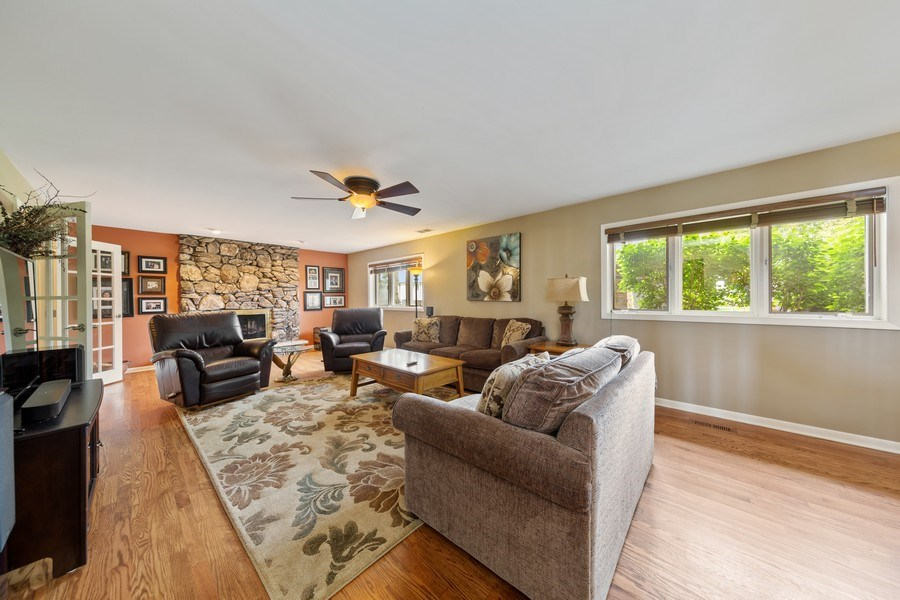 Real Estate Photography - 231 RODGERS CT, WILLOWBROOK, IL, 60527 - Family Room