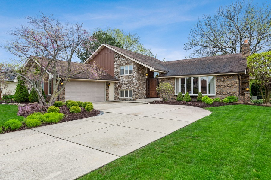 Real Estate Photography - 231 RODGERS CT, WILLOWBROOK, IL, 60527 - Front View