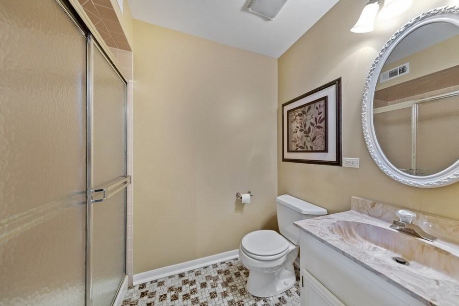 Real Estate Photography - 231 RODGERS CT, WILLOWBROOK, IL, 60527 - 2nd Bathroom