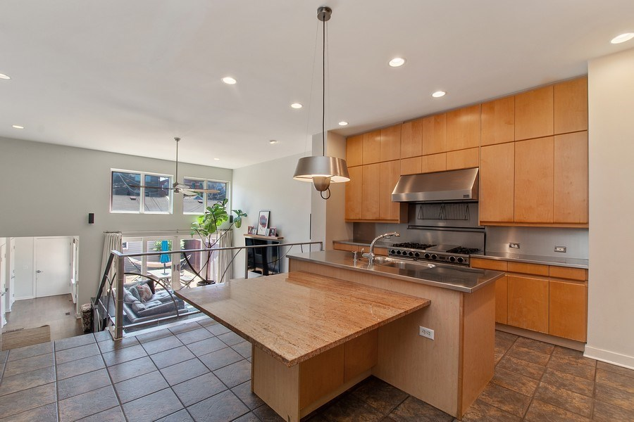 Real Estate Photography - 1545 W Altgeld St, Chicago, IL, 60614 - Kitchen