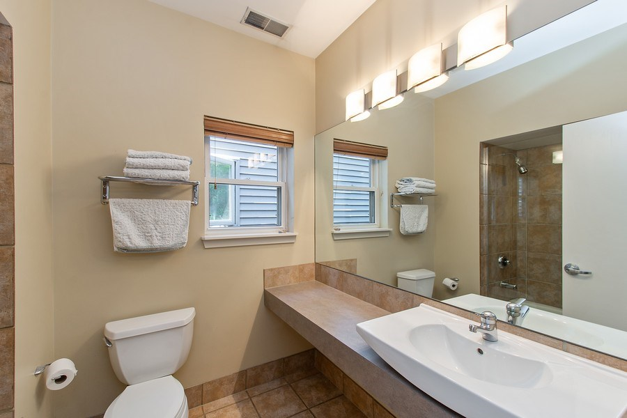 Real Estate Photography - 1545 W Altgeld St, Chicago, IL, 60614 - Bathroom
