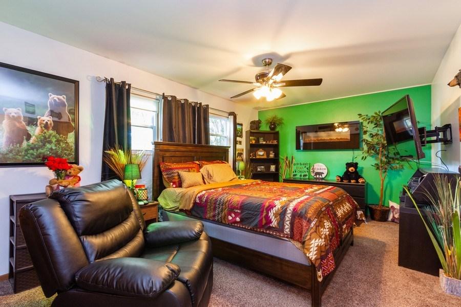 Real Estate Photography - 7565 Glenshire, Frankfort, IL, 60423 - Master Bedroom