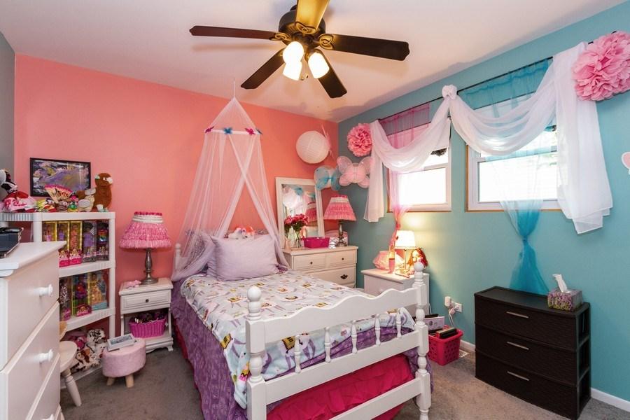 Real Estate Photography - 7565 Glenshire, Frankfort, IL, 60423 - Bedroom