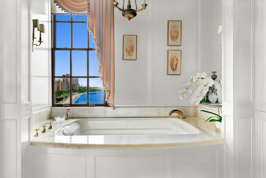 Real Estate Photography - 199 E Lake Shore, PH10W, Chicago, IL, 60611 - Master Bath, Another View