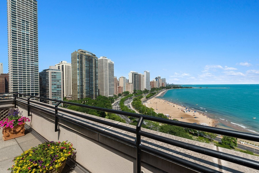 Real Estate Photography - 199 E Lake Shore, PH10W, Chicago, IL, 60611 - Terrace View Facing Northwest