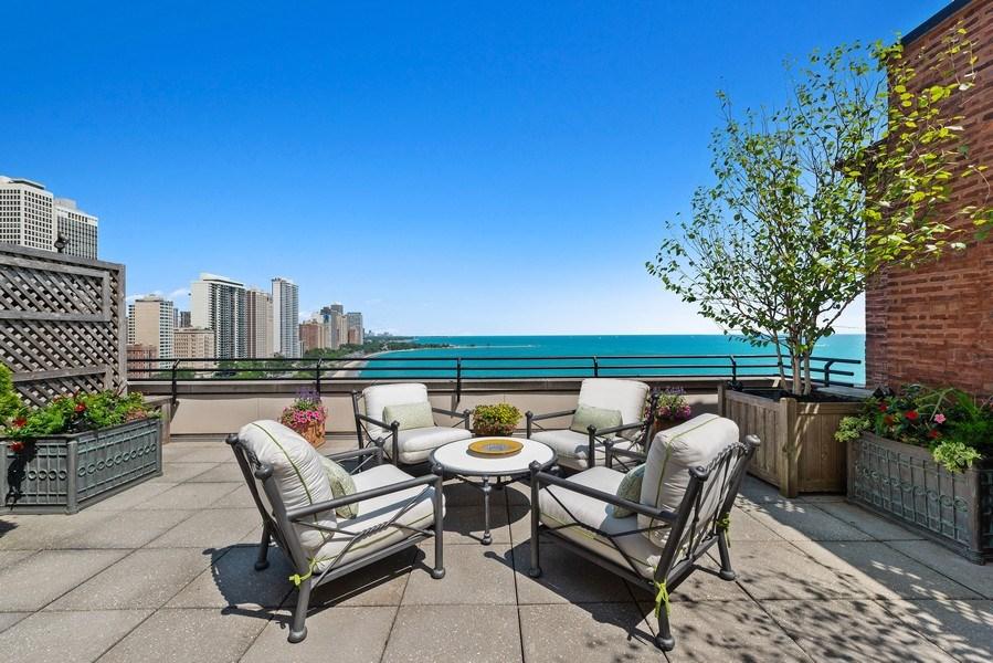 Real Estate Photography - 199 E Lake Shore, PH10W, Chicago, IL, 60611 - Terrace
