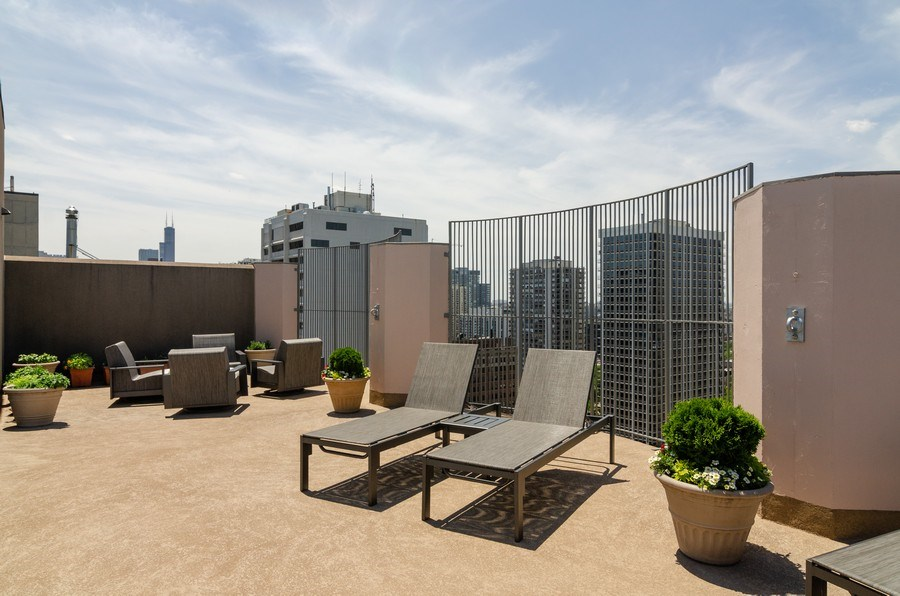 Real Estate Photography - 1440 North State Pkwy, 20D, Chicago, IL, 60610 - Roof Deck