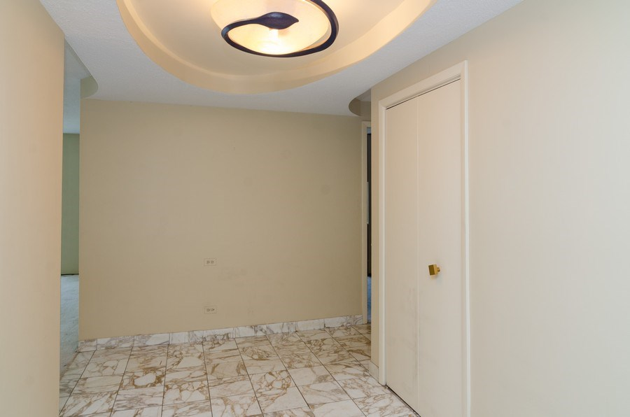 Real Estate Photography - 1440 North State Pkwy, 20D, Chicago, IL, 60610 - Foyer