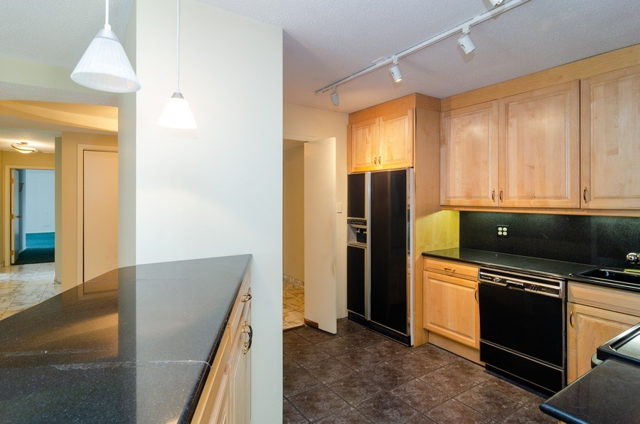 Real Estate Photography - 1440 North State Pkwy, 20D, Chicago, IL, 60610 - Kitchen