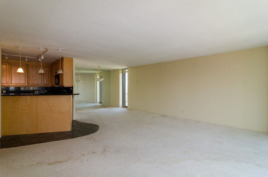 Real Estate Photography - 1440 North State Pkwy, 20D, Chicago, IL, 60610 - Kitchen / Living Room