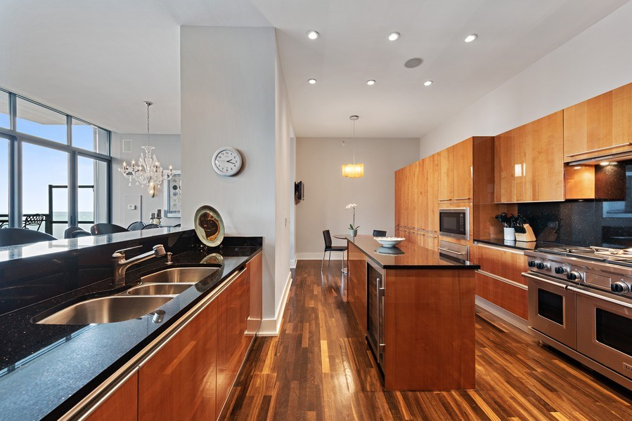 Real Estate Photography - 450 E. Waterside, Apt. 3001, Chicago, IL, 60601 - Kitchen