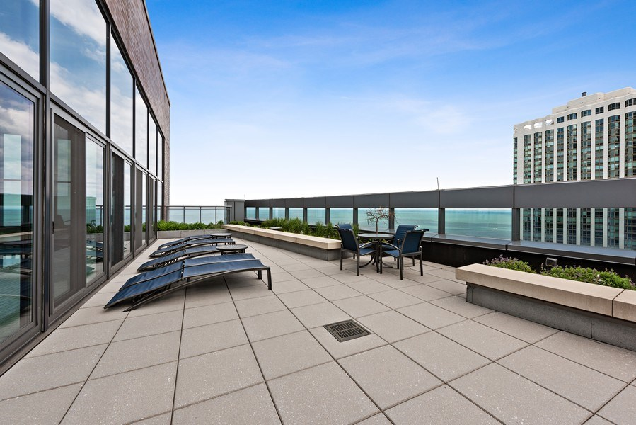 Real Estate Photography - 450 E. Waterside, Apt. 3001, Chicago, IL, 60601 - Roof Deck
