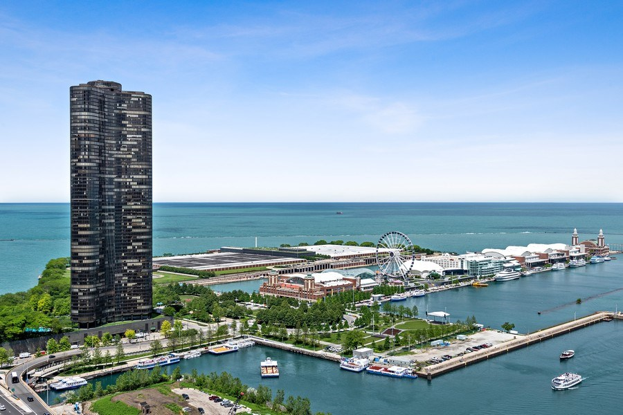 Real Estate Photography - 450 E. Waterside, Apt. 3001, Chicago, IL, 60601 - Lake and Navy Pier Views