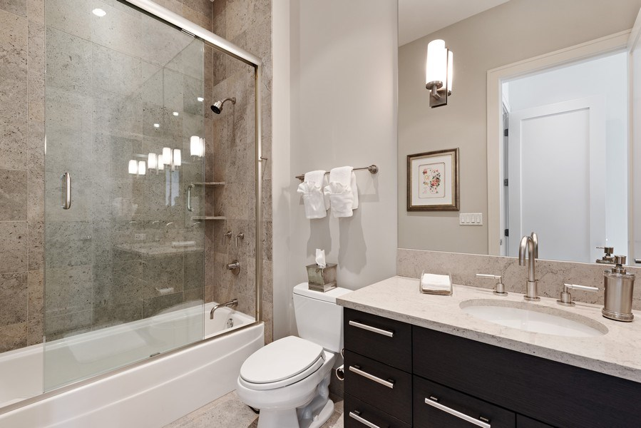 Real Estate Photography - 450 E. Waterside, Apt. 3001, Chicago, IL, 60601 - 2nd Bathroom