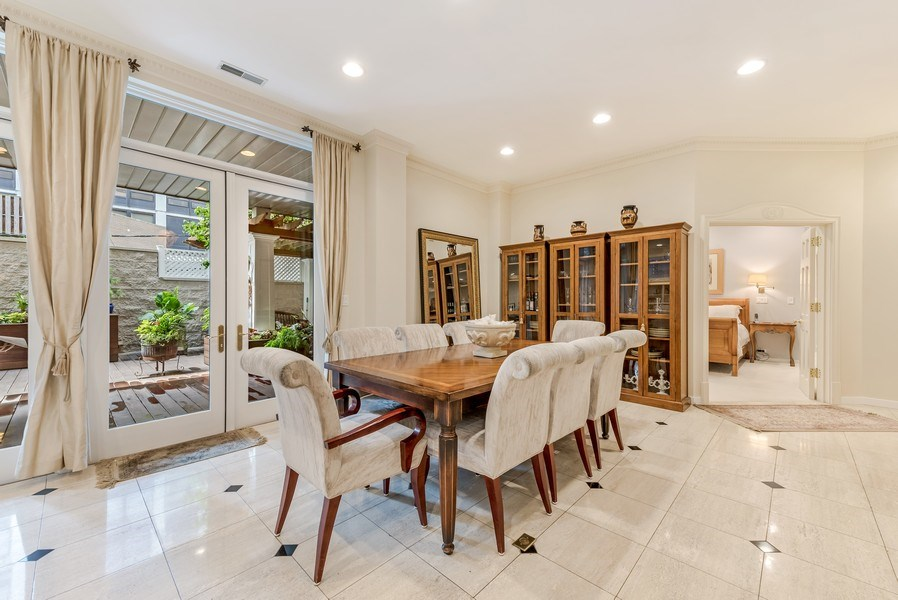 Real Estate Photography - 45 E. Cedar, Suite 2, Chicago, IL, 60610 - Dining Room