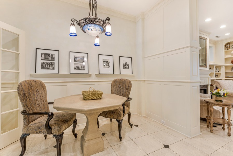 Real Estate Photography - 45 E. Cedar, Suite 2, Chicago, IL, 60610 - Breakfast Area