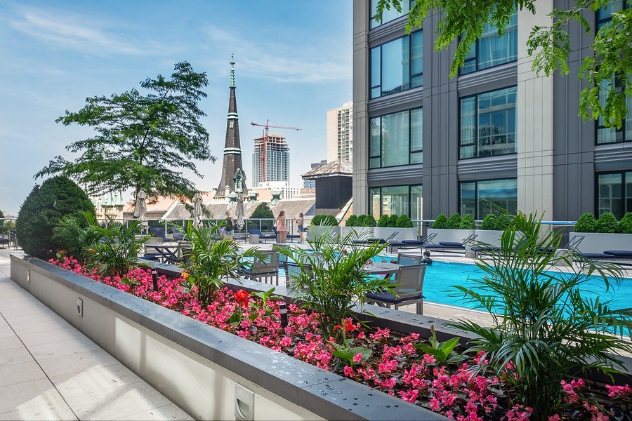 Real Estate Photography - 2 W. Delaware 1504, Chicago, IL, 60610 - Pool and Sundeck