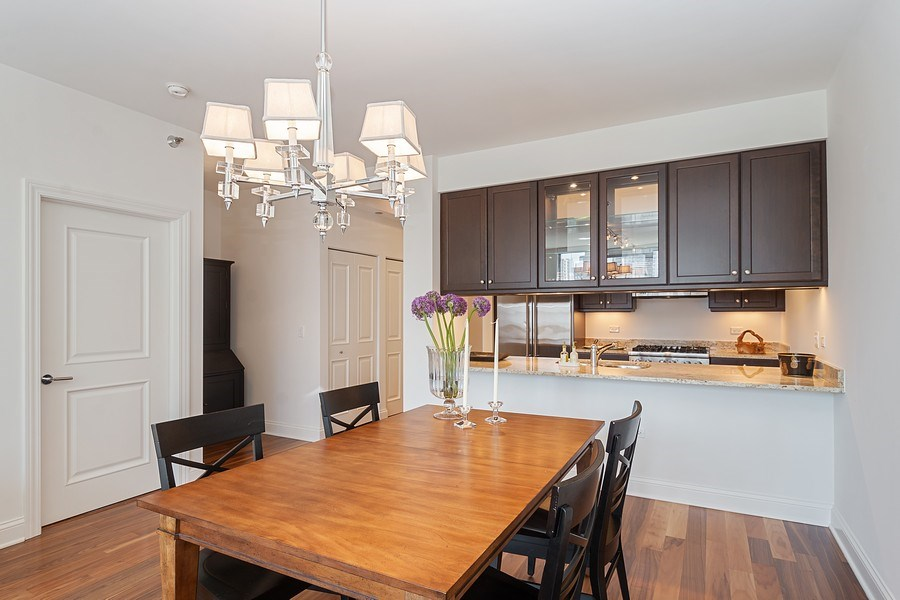 Real Estate Photography - 2 W. Delaware 1504, Chicago, IL, 60610 - Dining Room