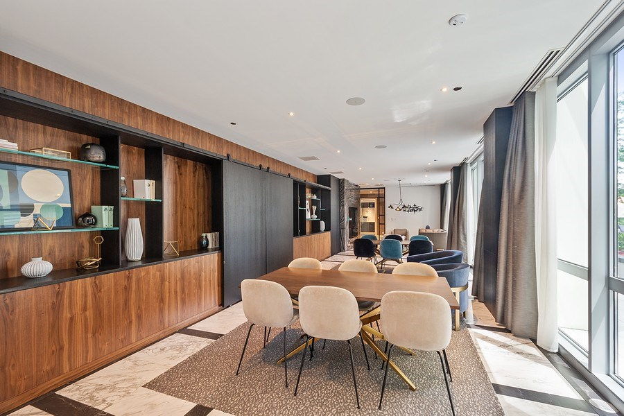 Real Estate Photography - 2 W. Delaware 1504, Chicago, IL, 60610 - Residents' Lounge