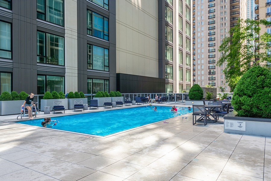 Real Estate Photography - 2 W. Delaware 1504, Chicago, IL, 60610 - Pool