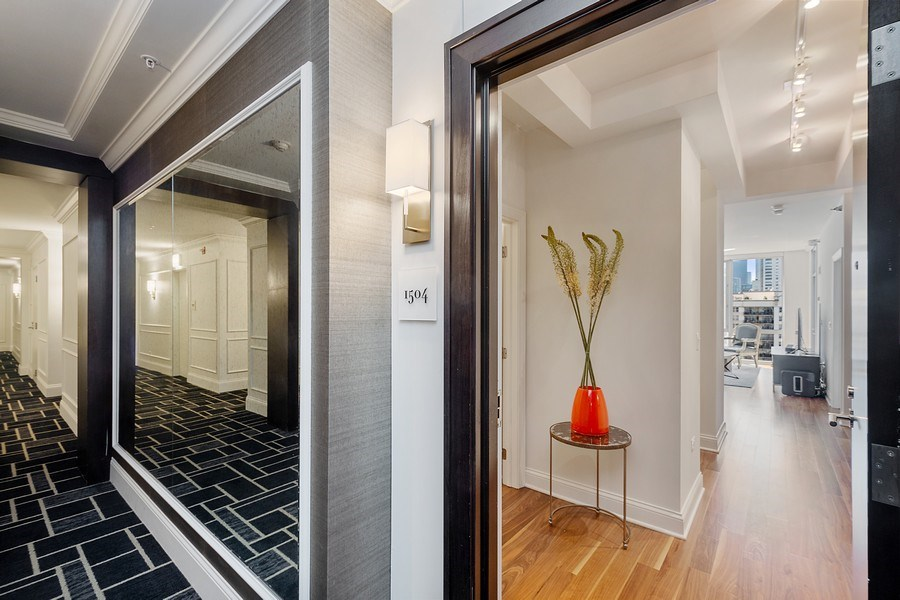 Real Estate Photography - 2 W. Delaware 1504, Chicago, IL, 60610 - Entrance