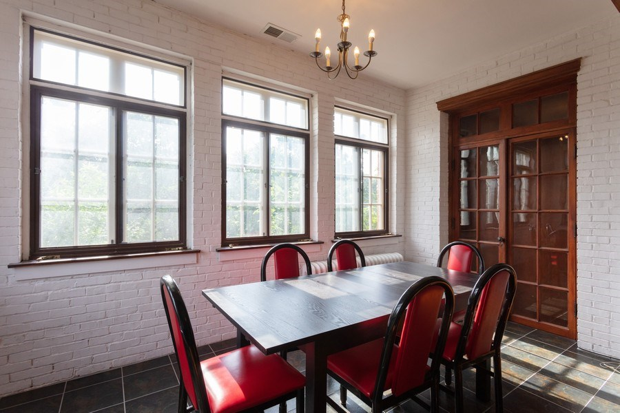 Real Estate Photography - 5749 S Kenwood, Unit 3, Chicago, IL, 60637 - Dining Room