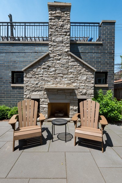 Real Estate Photography - 3932 N Bell Ave, Chicago, IL, 60618 - Patio