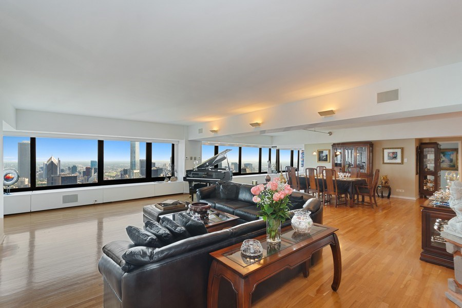 Real Estate Photography - 175 E DELAWARE PL, APT 7709-10, CHICAGO, IL, 60611 - Living Room