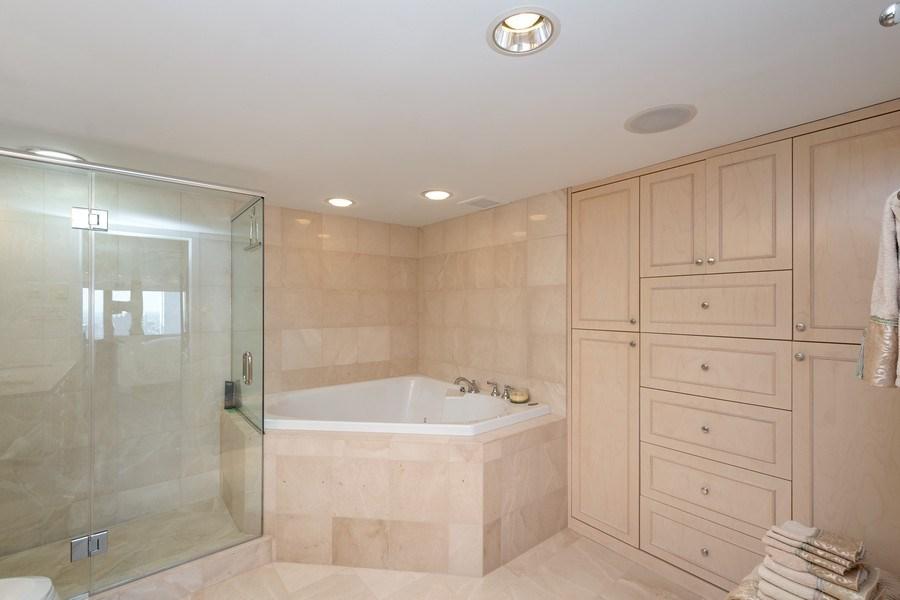 Real Estate Photography - 175 E DELAWARE PL, APT 7709-10, CHICAGO, IL, 60611 - Master Bathroom