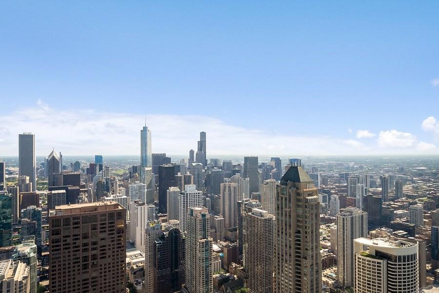 Real Estate Photography - 175 E DELAWARE PL, APT 7709-10, CHICAGO, IL, 60611 - View