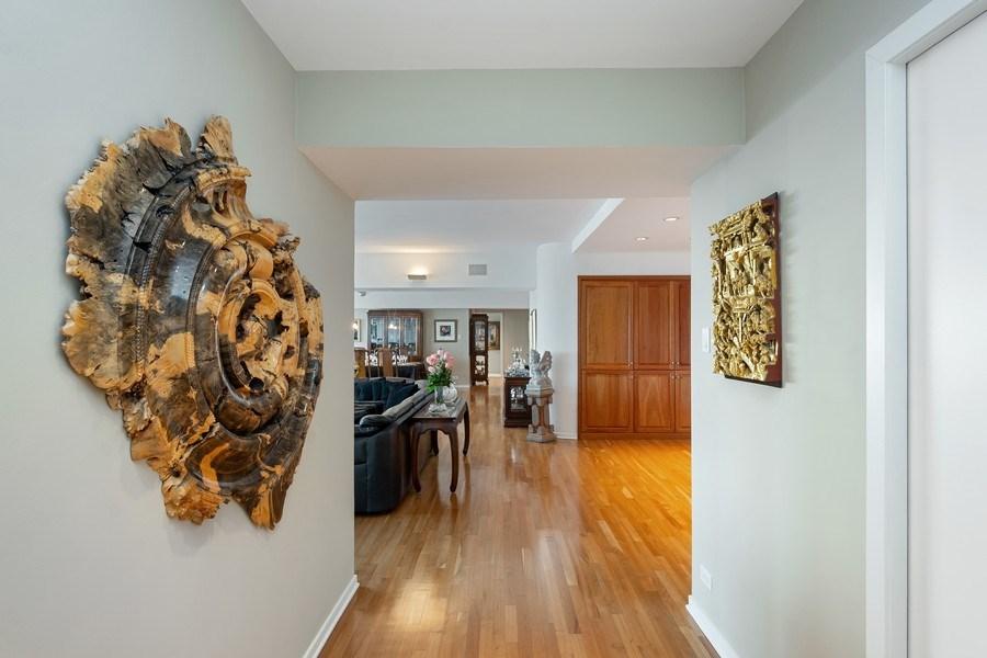 Real Estate Photography - 175 E DELAWARE PL, APT 7709-10, CHICAGO, IL, 60611 - Hallway