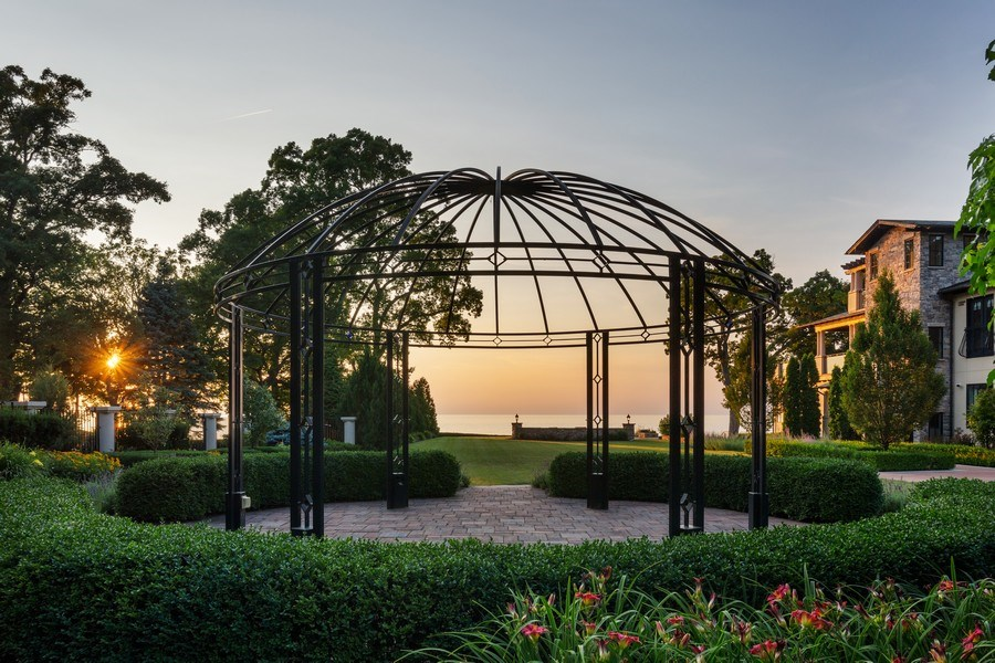 Real Estate Photography - 11001 Marquette Drive, New Buffalo, MI, 49117 - Front Garden