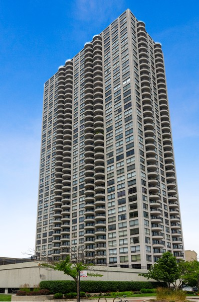 Real Estate Photography - 2020 N Lincoln Park West, Unit 14C, Chicago, IL, 60614 - Front View