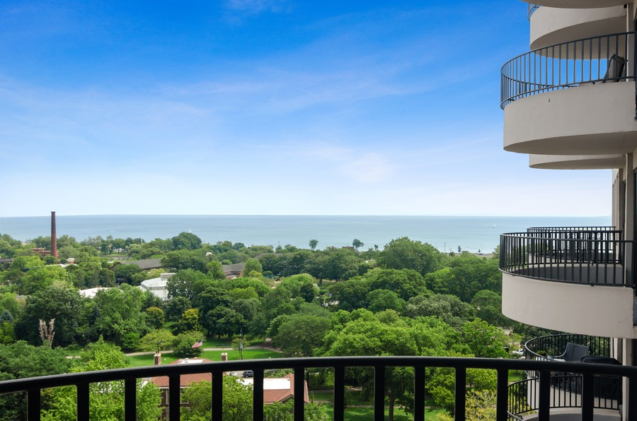 Real Estate Photography - 2020 N Lincoln Park West, Unit 14C, Chicago, IL, 60614 - Lake View
