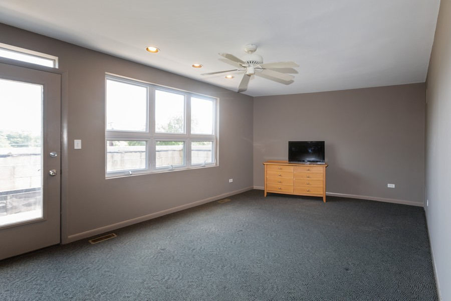 Real Estate Photography - 4339 S Oakenwald Ave., Chicago, IL, 60653 - 3rd Bedroom
