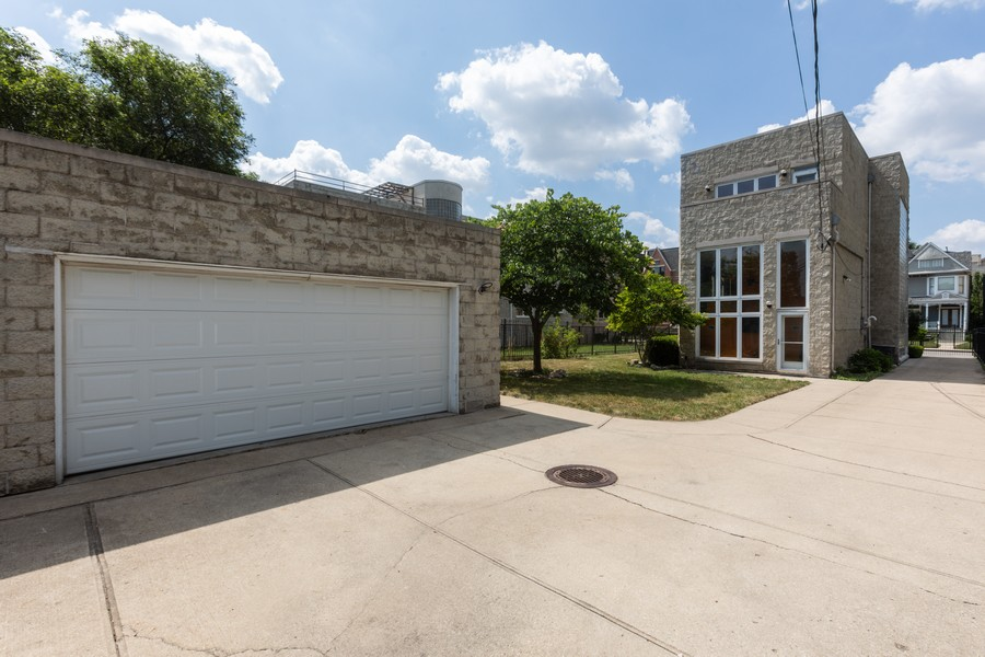 Real Estate Photography - 4339 S Oakenwald Ave., Chicago, IL, 60653 - Rear View
