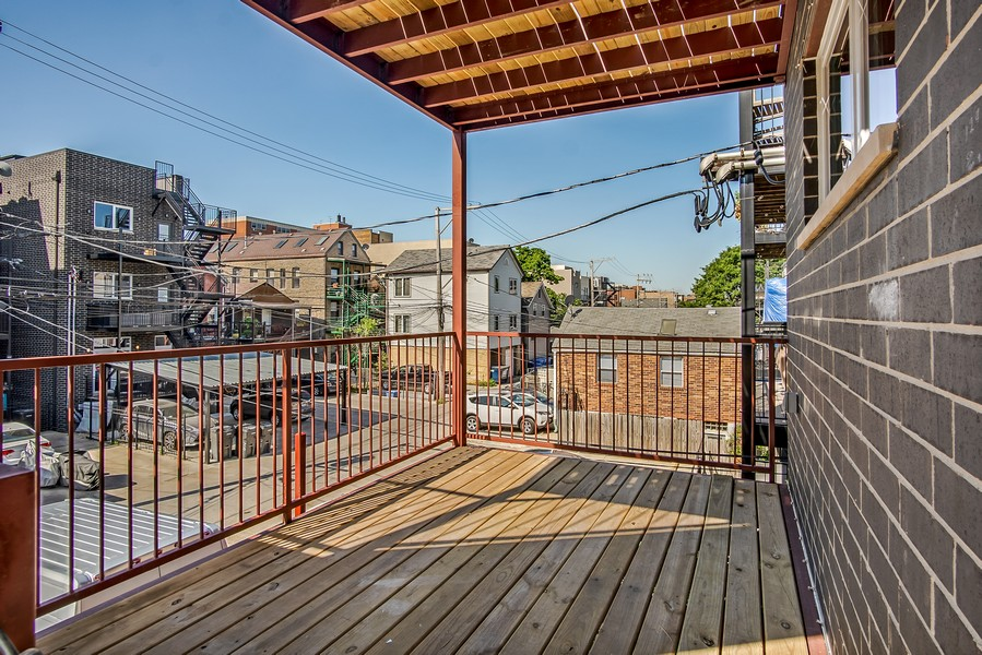 Real Estate Photography - 1415 W Walton St, #2, Chicago, IL, 60642 - Deck