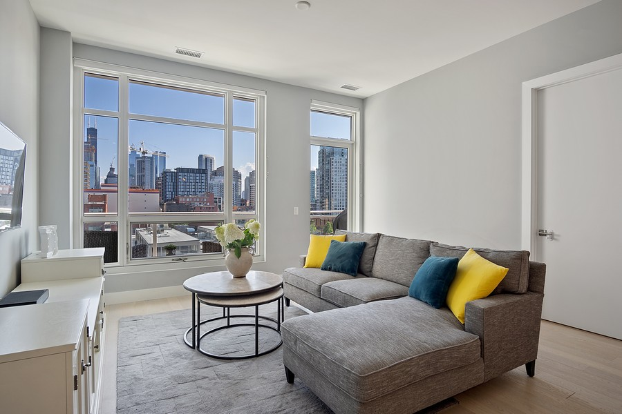Real Estate Photography - 367 W Locust St, Unit 504, Chicago, IL, 60610 - Living Room