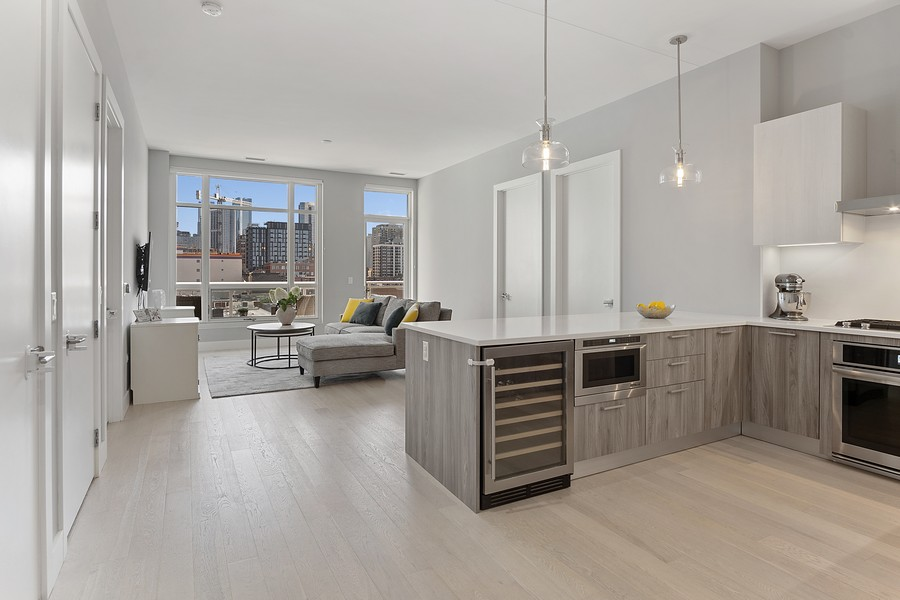 Real Estate Photography - 367 W Locust St, Unit 504, Chicago, IL, 60610 - Kitchen / Living Room