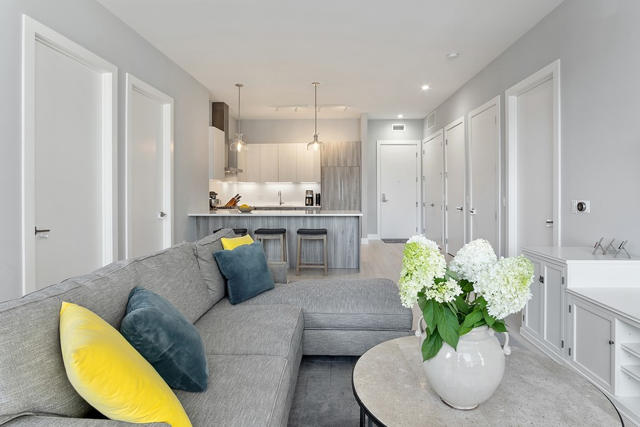 Real Estate Photography - 367 W Locust St, Unit 504, Chicago, IL, 60610 - Kitchen/Living