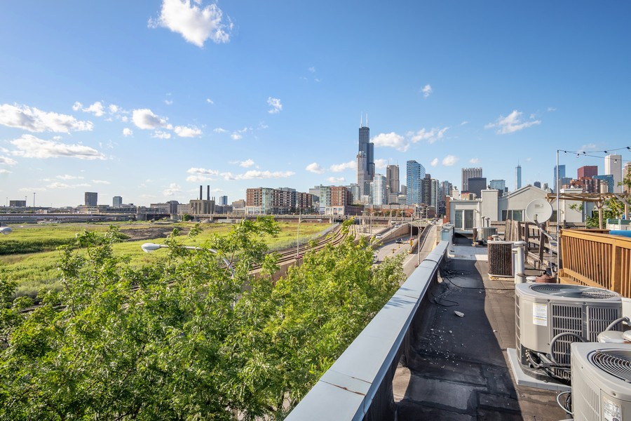 Real Estate Photography - 1349 S. Clark, Chicago, IL, 60618 - View