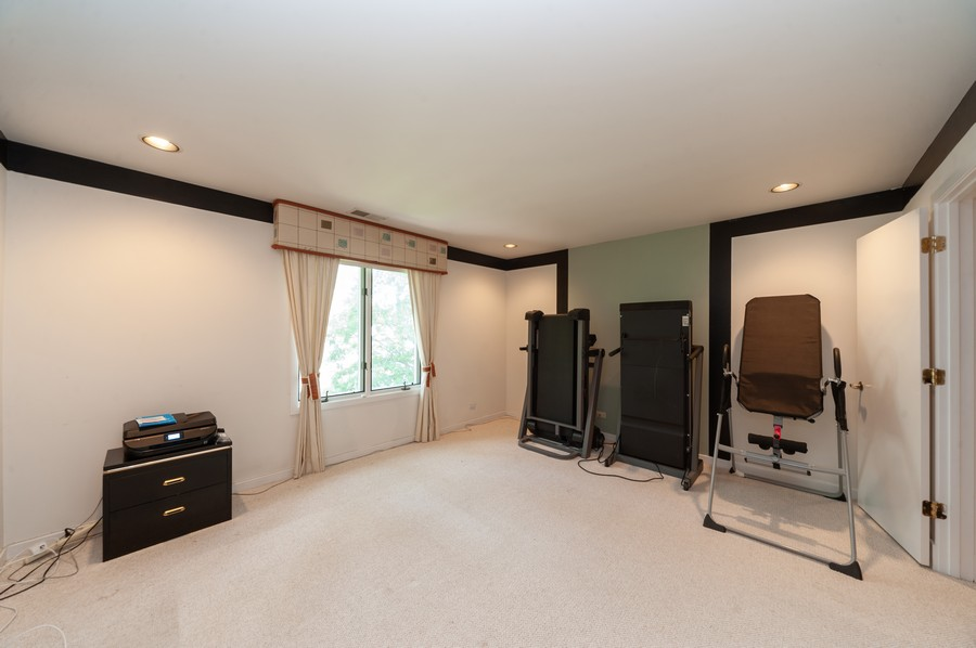 Real Estate Photography - 363 Rivershire Ct, Lincolnshire, IL, 60069 - 2nd Bedroom
