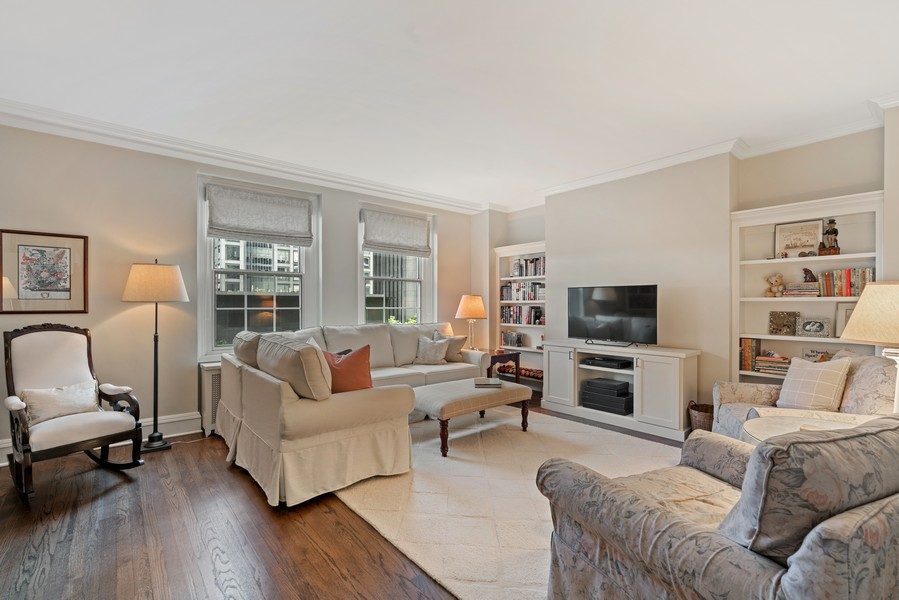 Real Estate Photography - 210 E Pearson St, Unit 7A, Chicago, IL, 60611 - Living Room