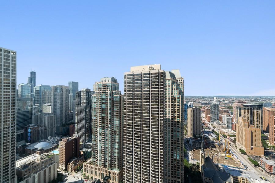 Real Estate Photography - 100 E Huron, 3702, Chicago, IL, 60611 - View